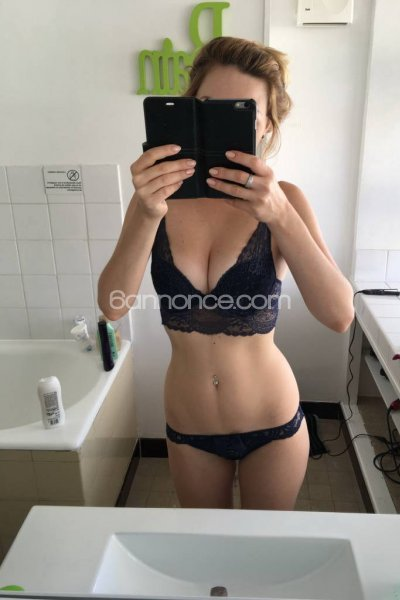 LYDIA_LUXURY_GIRL