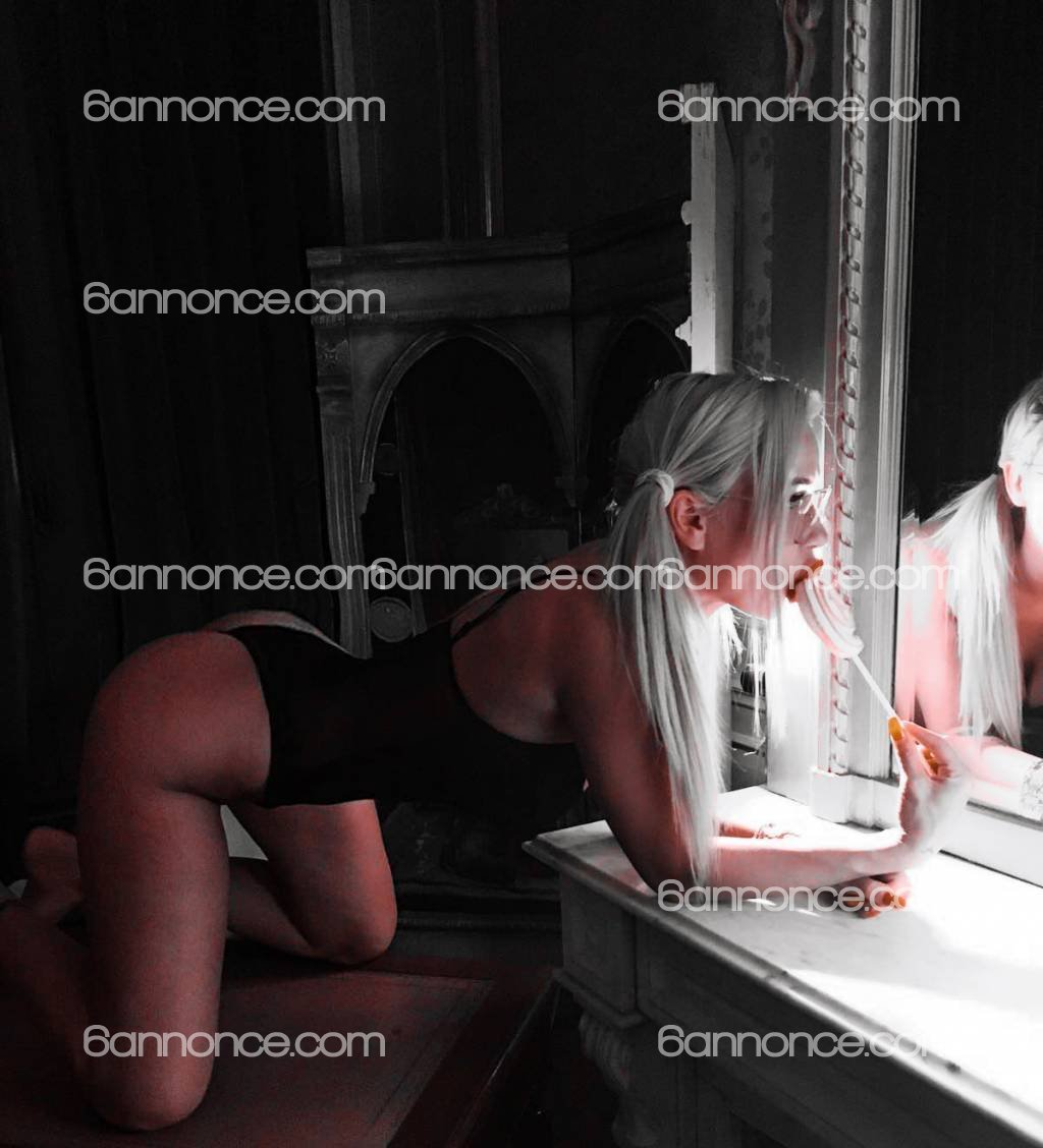 Monica_blondy